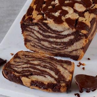 Veganes Schokoladen-Bananenbrot Einfacher glutenfreier Marmorkuchen