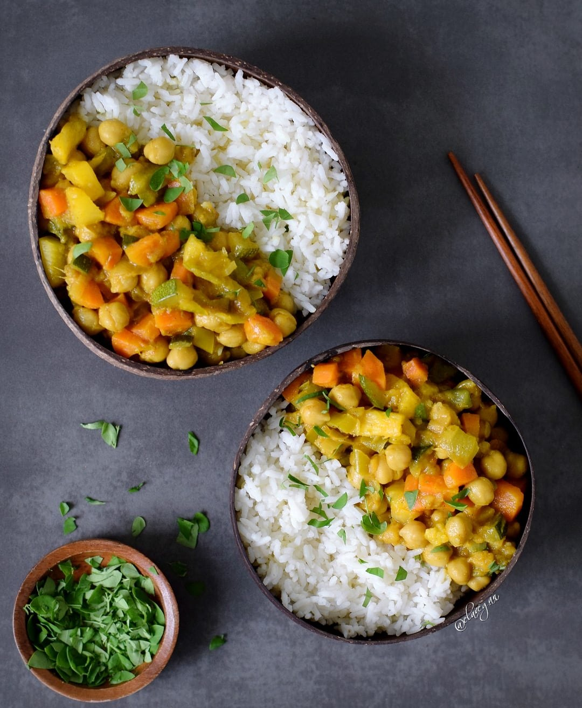 gem se curry rezept mit ananas vegan glutenfrei elavegan. Black Bedroom Furniture Sets. Home Design Ideas