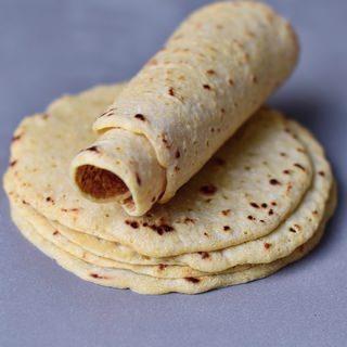 Tortillas Rezept mit 2 Zutaten   glutenfrei, für Tacos, Burritos