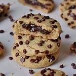 Glutenfreie gesunde Kekse mit Schokoladenfüllung vegan