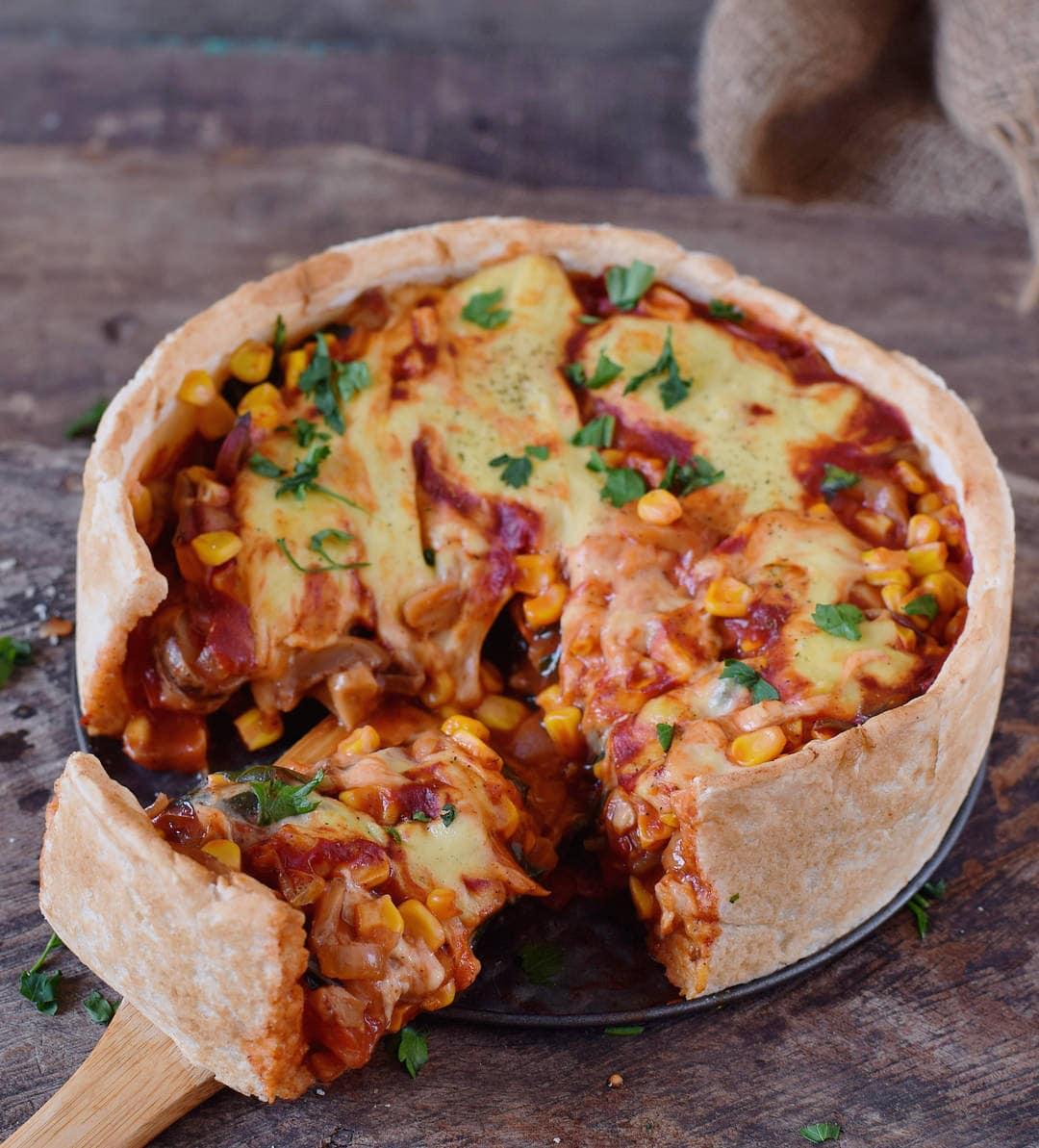 Nahaufnahme Deep-Dish-Pizza