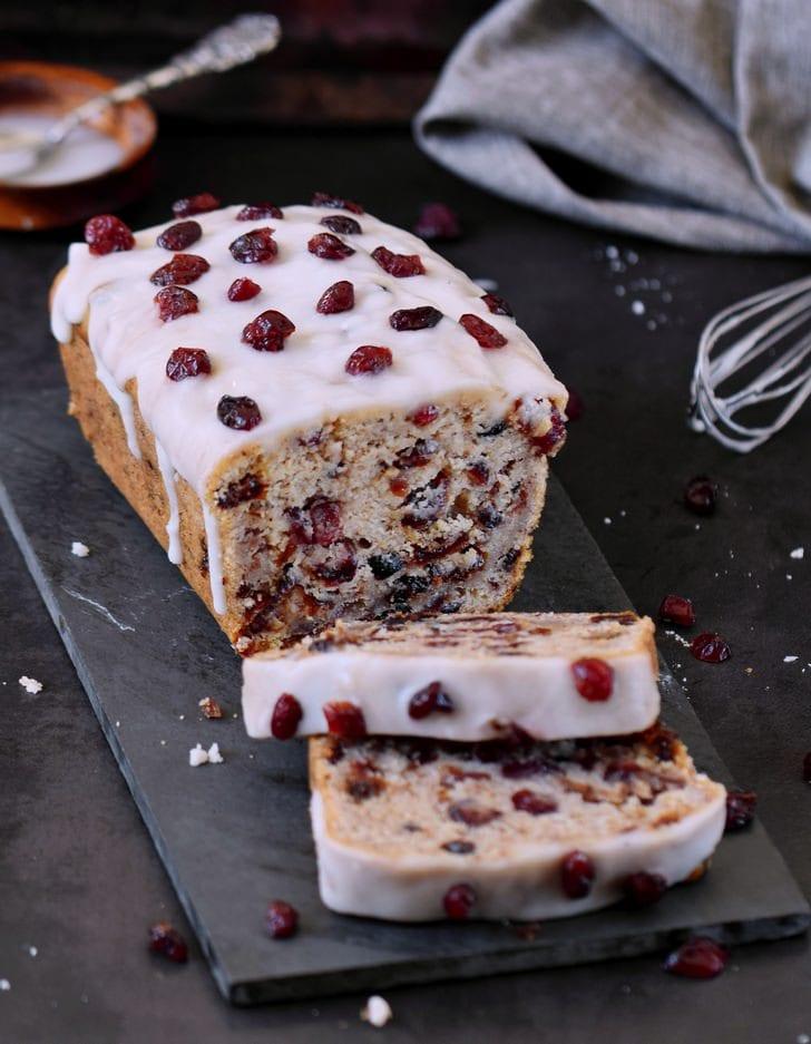 Gesunder Cranberry Kuchen mit einer zuckerfreien Glasur vegan glutenfrei ohne Öl