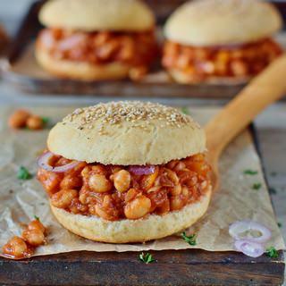 veganes sloppy joes rezept mit cannellini bohnen und glutenfreien burger brötchen pflanzlich gesund 320x320