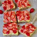 Veganer Erdbeerkuchen vom Blech mit Pudding glutenfreies Rezept