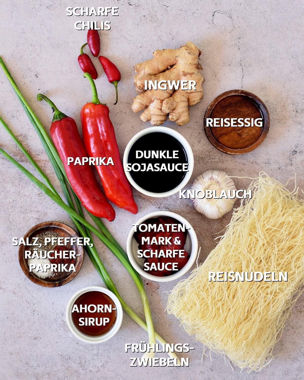 Zutaten für asiatische Nudelpfanne