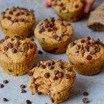 Vegane Süßkartoffel-Muffins mit Schokodrops