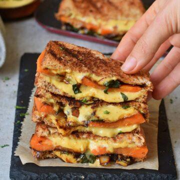 veganes gegrilltes Käse-Sandwich
