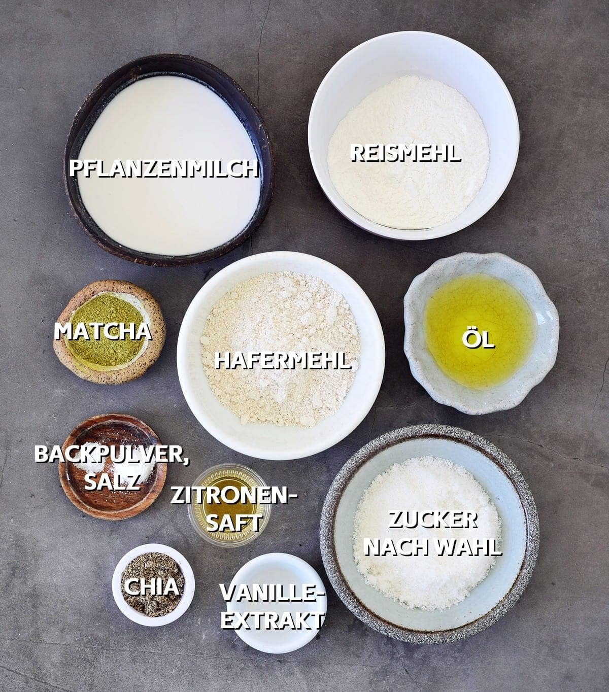 Zutaten für vegane Muffins mit Matcha