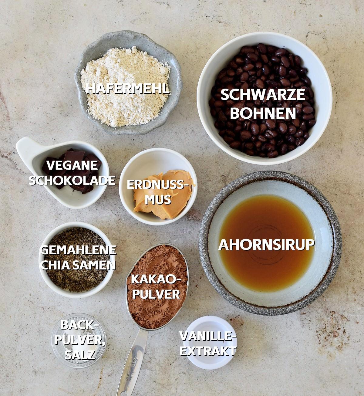 Zutaten für vegane Brownies mit schwarzen Bohnen
