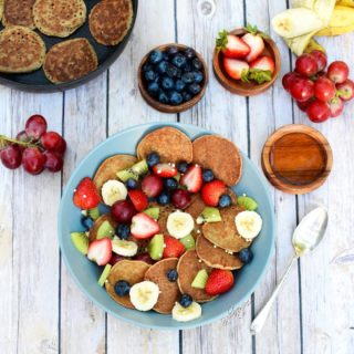 Banana oat pancakes vegan and gluten free
