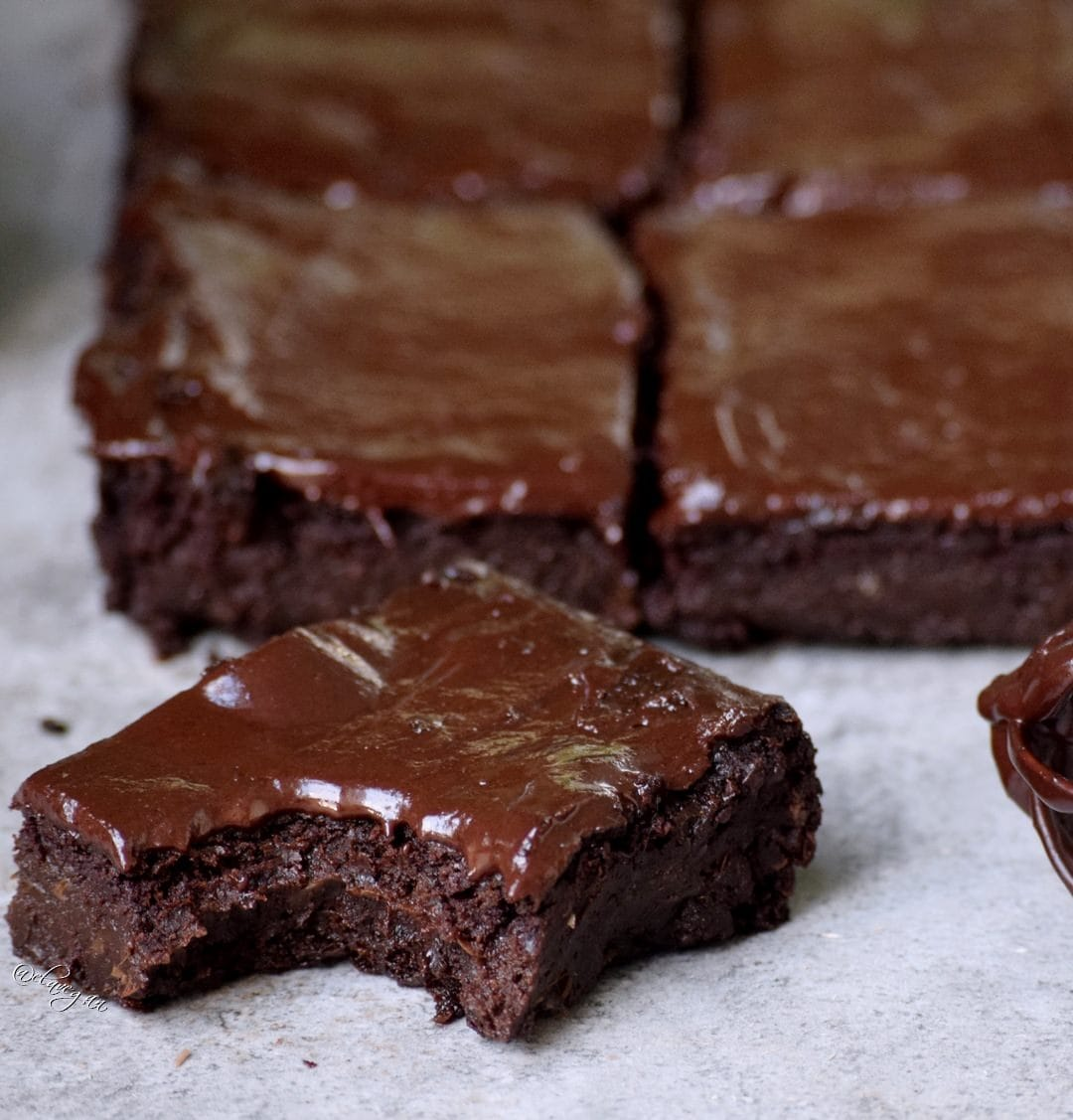 best vegan brownies recipe - gluten free, fudgy, rich, chocolatey and moist