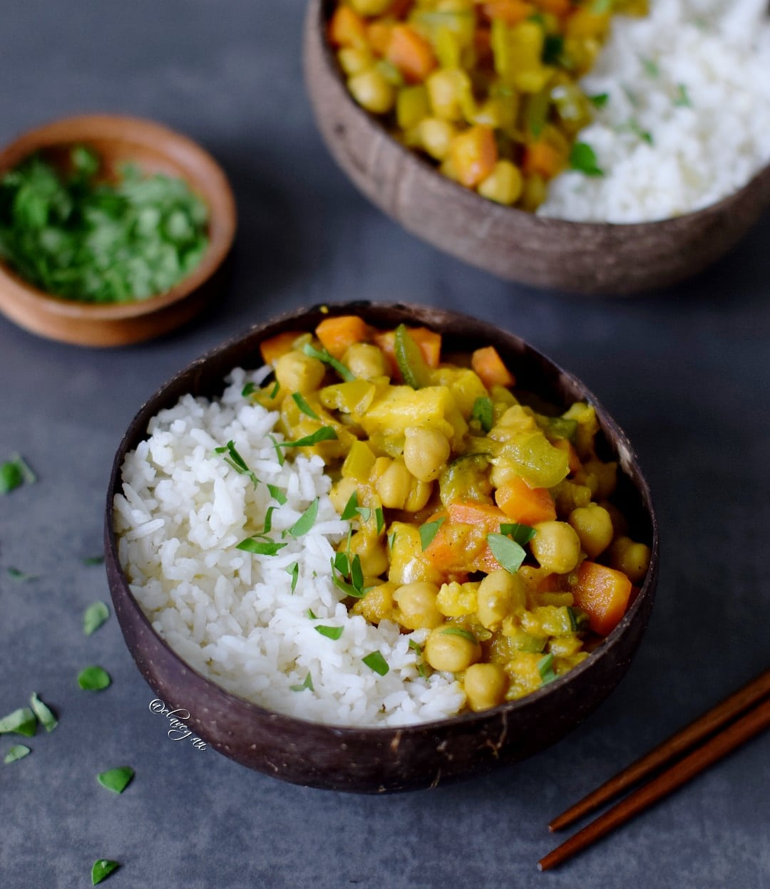 Veggie curry with fresh vegetables, pineapple and chickpeas. Healthy comfort food which is easy to make, vegan, gluten free, oil free and delicious