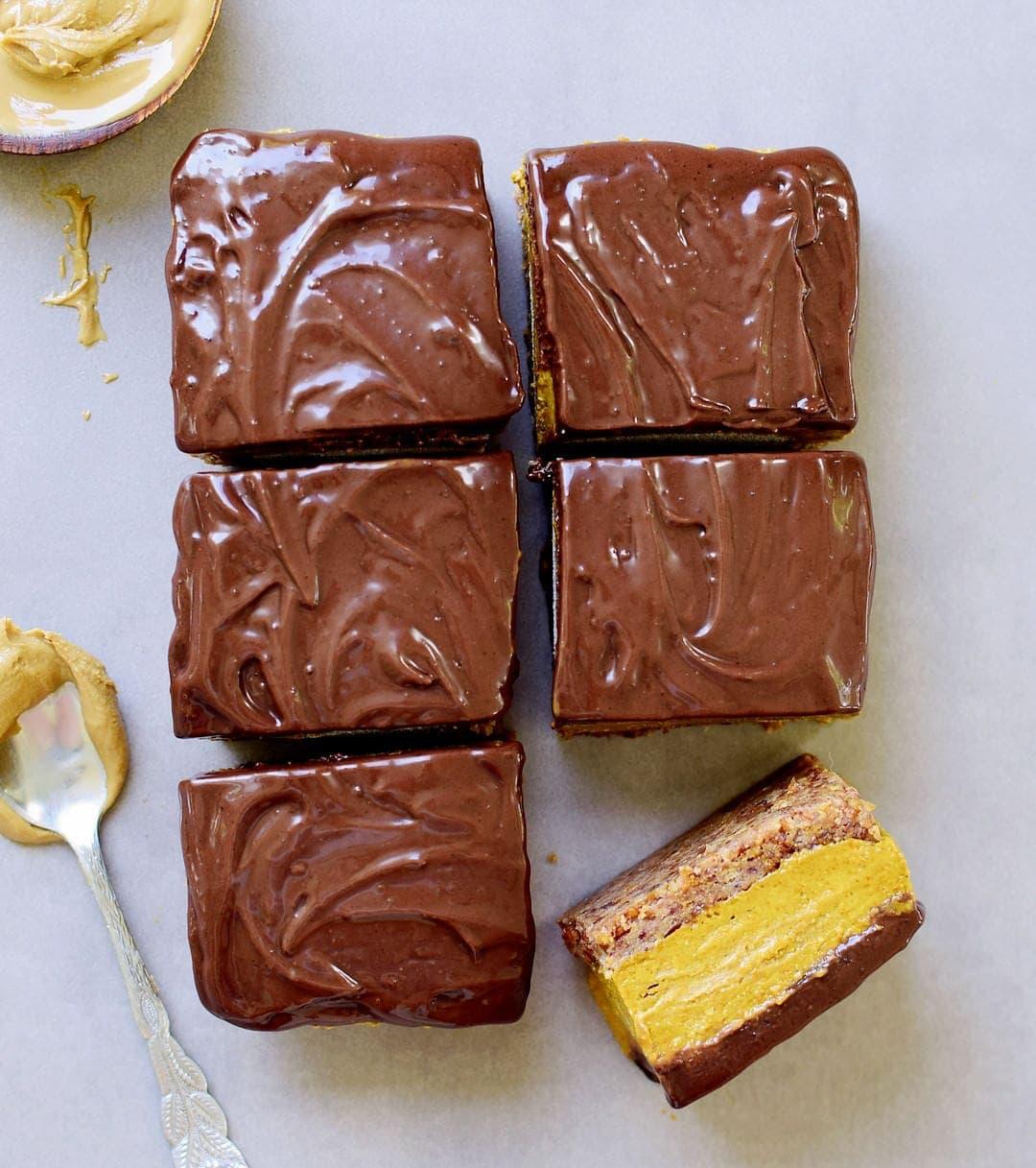 6 No-Bake Pumpkin Bars mit Schokolade