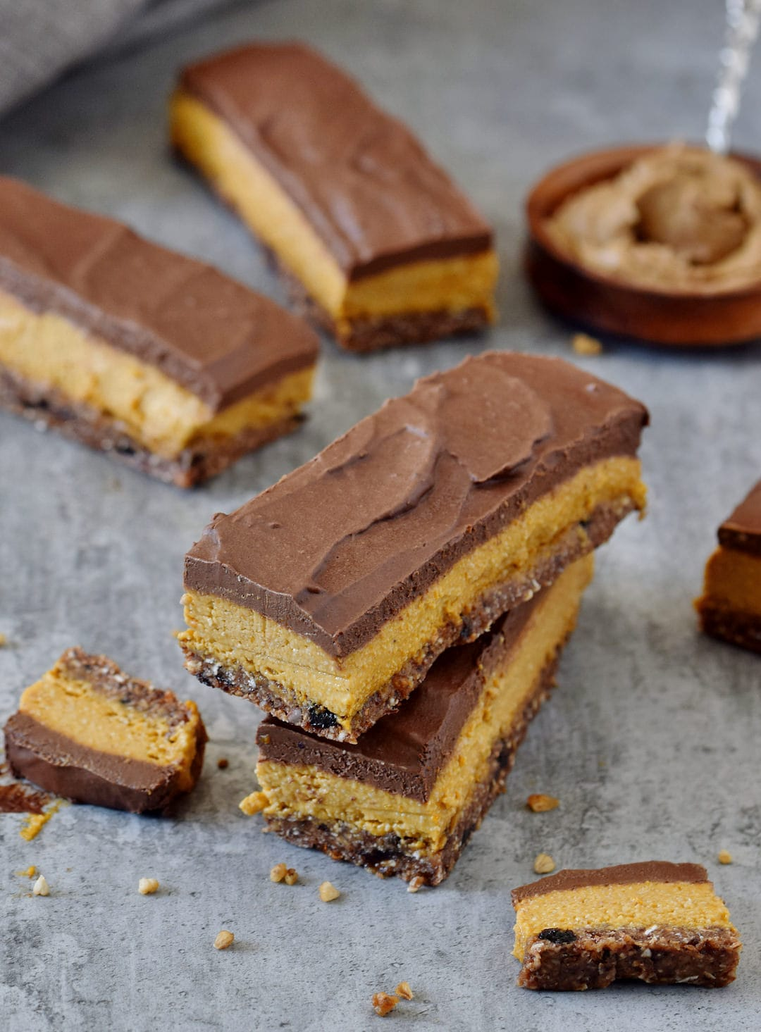 Creamy no bake pumpkin bars with a vegan and gluten-free chocolate glaze