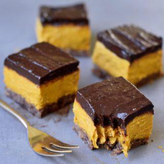 4 Vegan Pumpkin Bars with golden fork