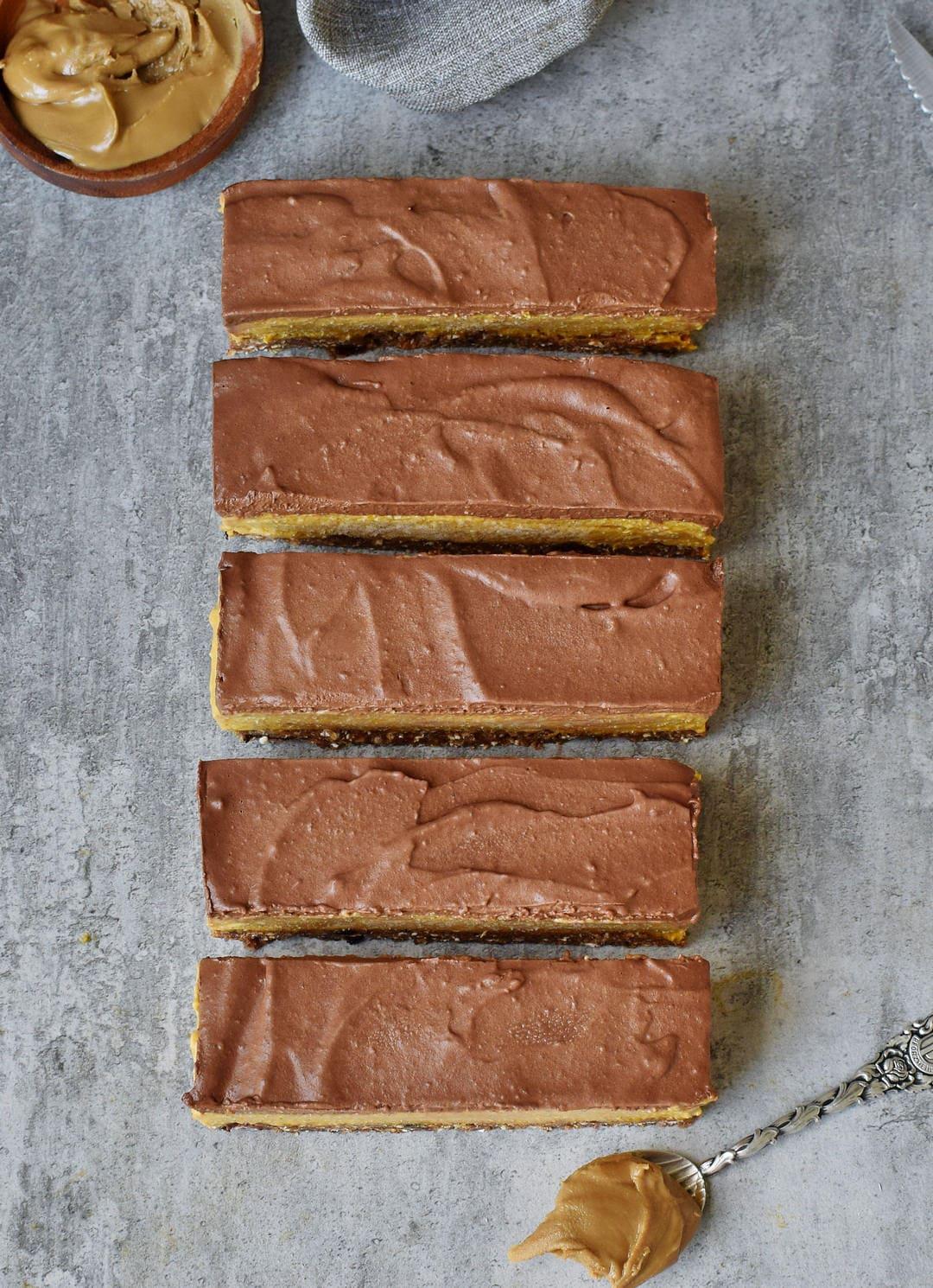 No bake pumpkin bars with a vegan chocolate glaze from top