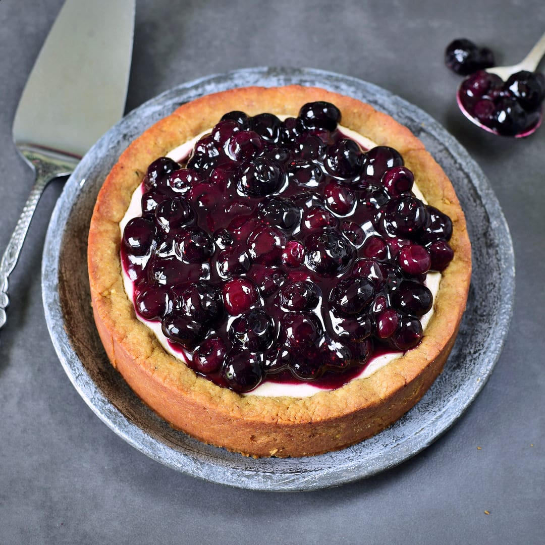 Vegan pie with blueberries