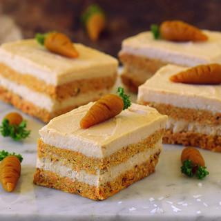 No-bake carrot cake bars | vegan, gluten-free, healthy