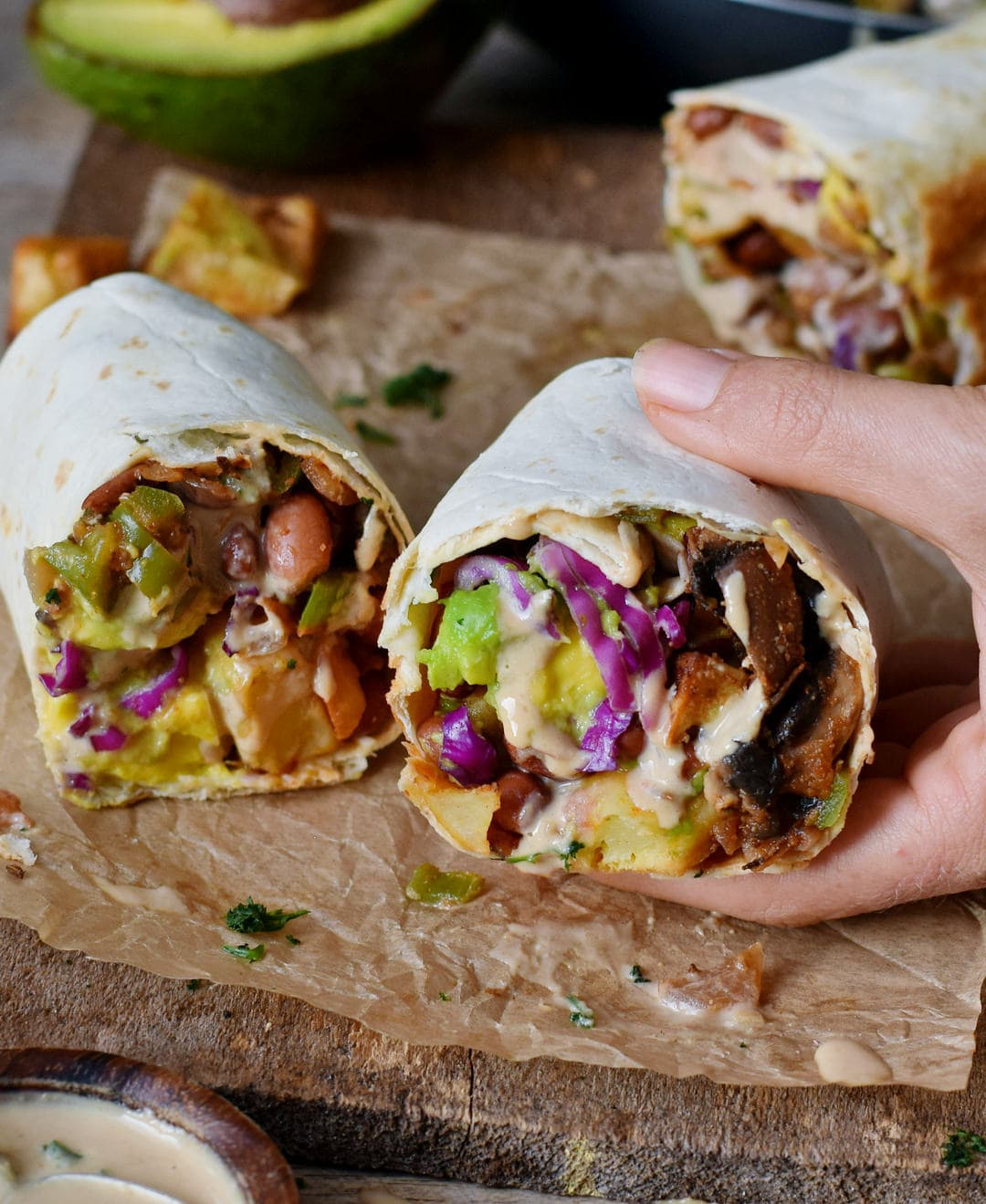 vegan breakfast burritos with mushrooms