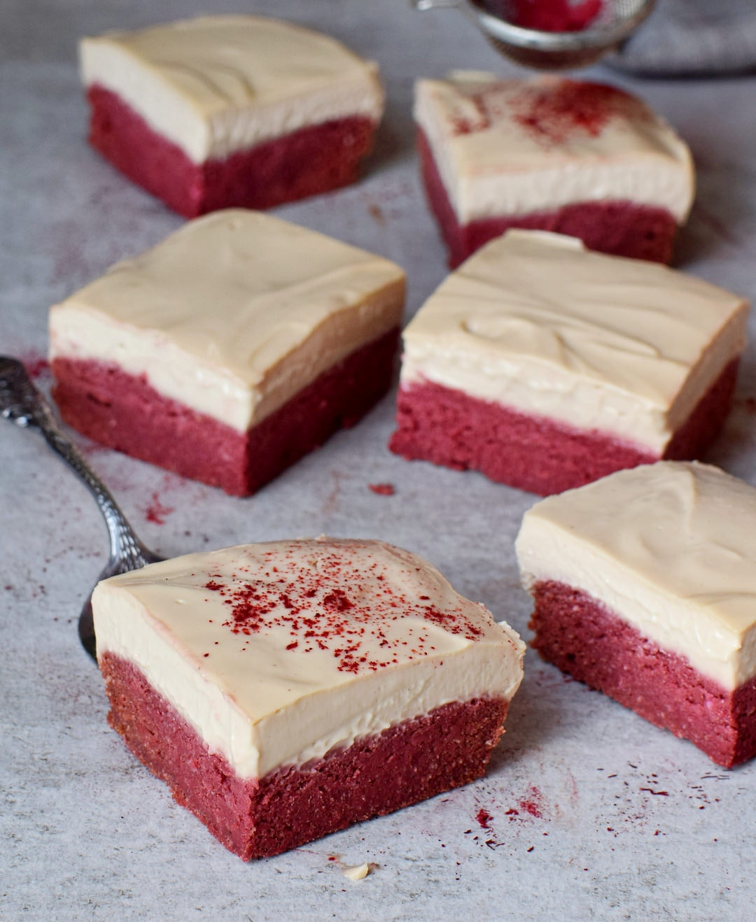 Healthy red velvet bars with cashew cream gluten-free recipe