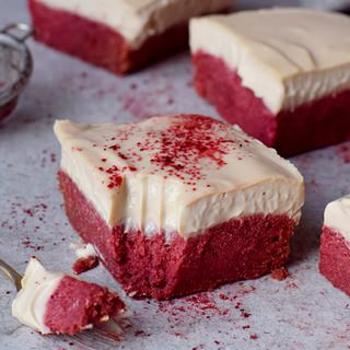 healthy vegan gluten-free red velvet bars with beet powder and cashew cream