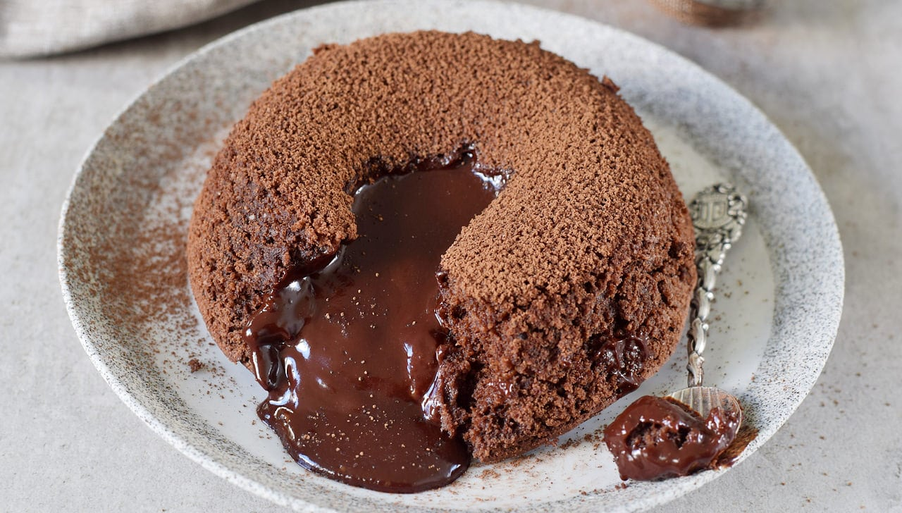 Gluten-free Molten recipe with melted dairy-free vegan chocolate chips