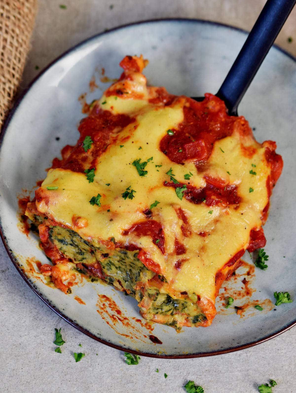 spinat und ricotta (vegan) cannelloni röllchen