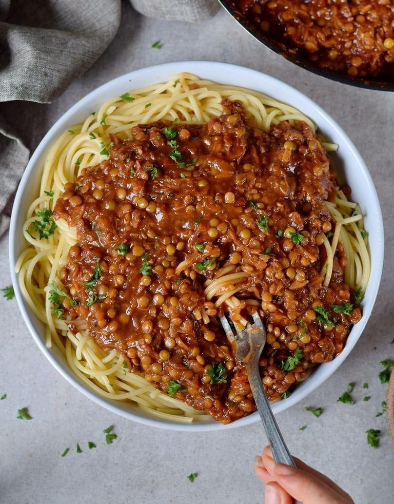 Vegan bolognese with spaghetti in a bowl