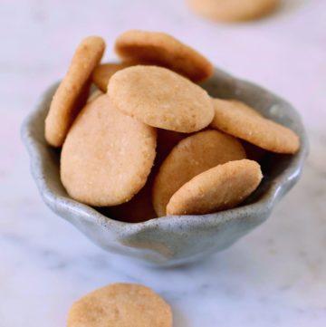 vegan vanilla wafers in ceramic bowl