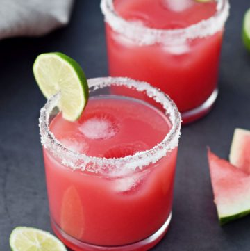 watermelon drink with lime slices