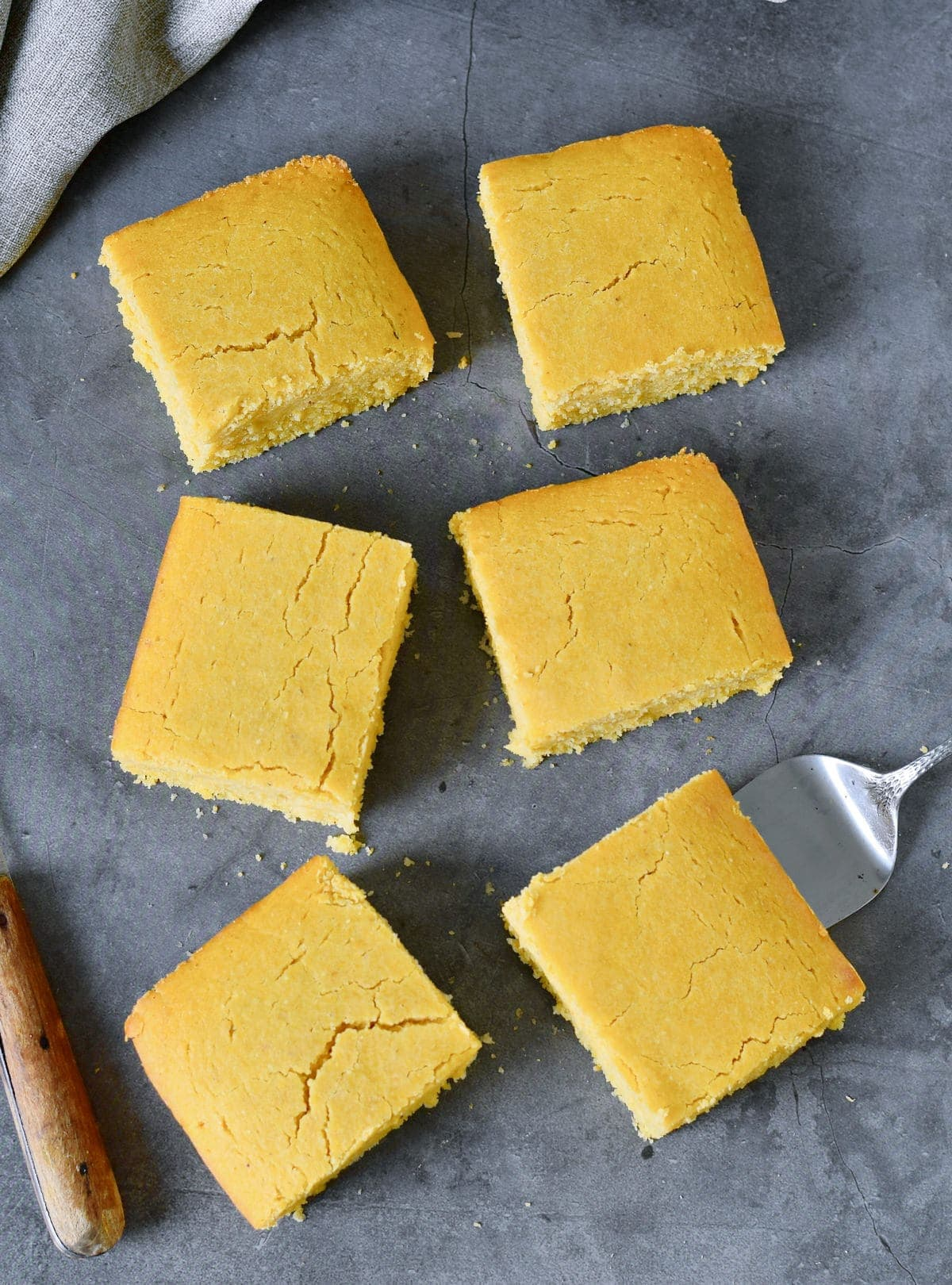 6 slices of corn bread from above