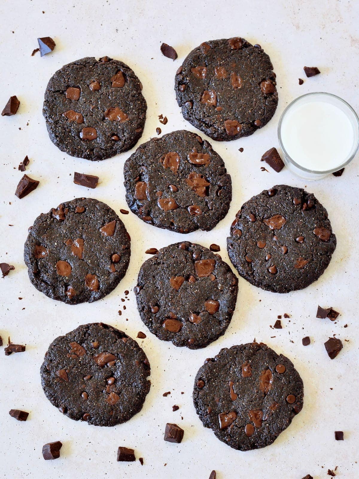 8 vegan double chocolate chip cookies from above