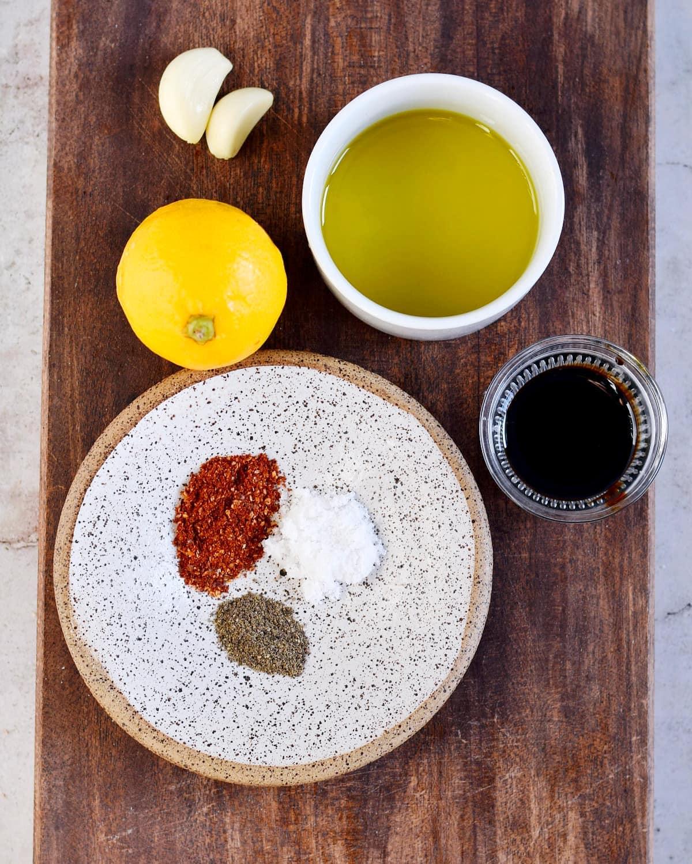 Zutaten für Olivenöl-Dressing