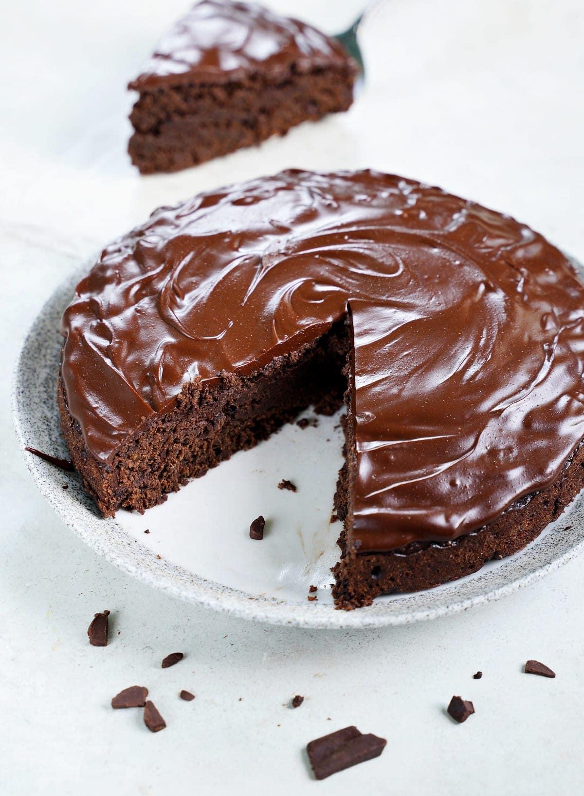 gluten-free chocolate avocado cake with ganache