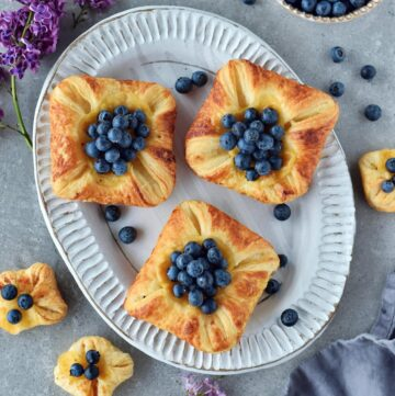 vegan puff pastry with custard and blueberries from above